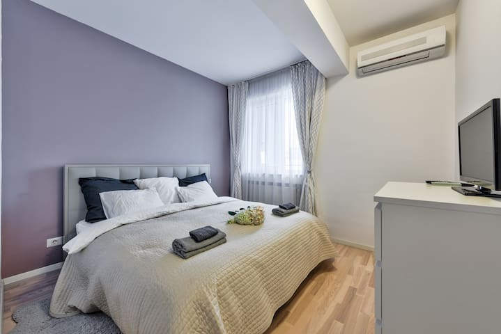 Luxury 2 rooms in North Bucharest with great view!