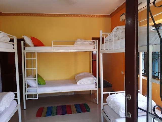 1 BED IN 6 BED MIX DORMITORY