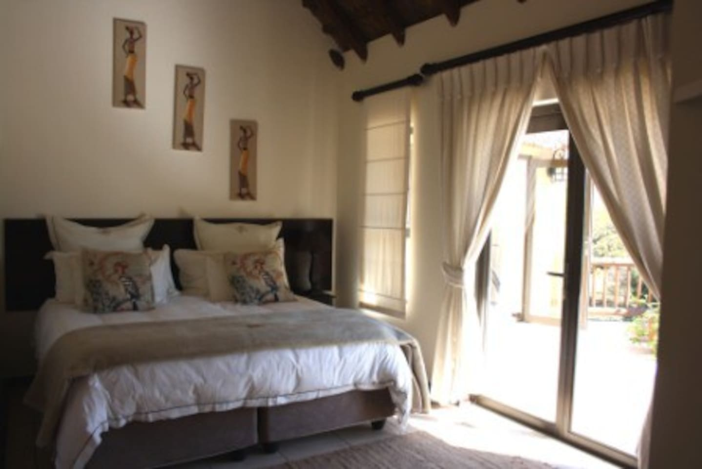 Enjoy the fresh country air and sunshine in our Baobob Double Room