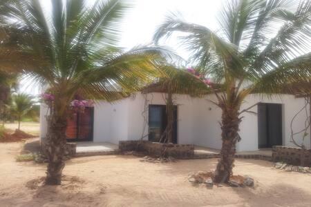"""""""Caju"""" House on the beach Praia de Chaves"""