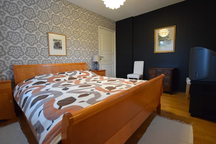 Naantali 1-3 rooms, kitchen & bathroom in a House