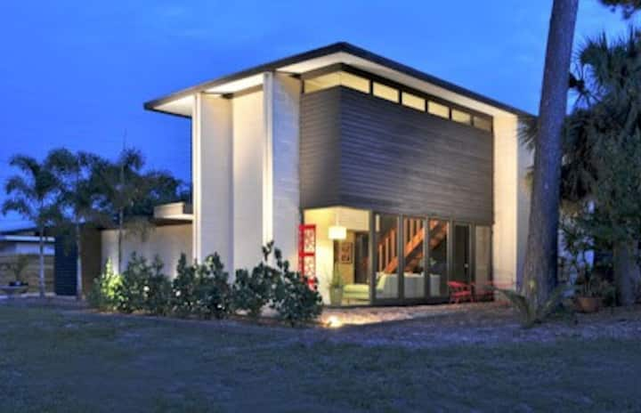 Mid Century Modern near Siesta Key w/ Heated Pool!