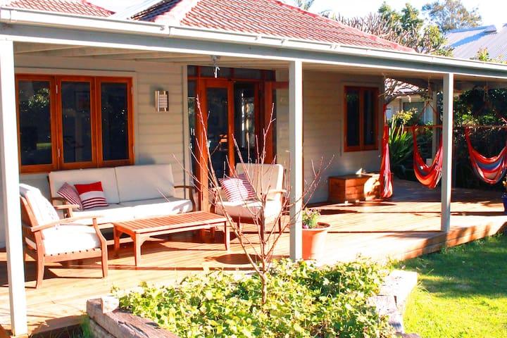 Sunny Cottage in Bulli