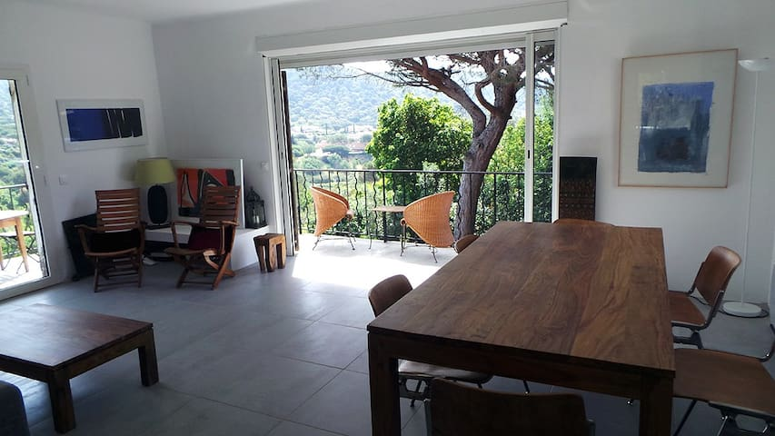 A sunny quiet house, near the beach - La Croix-Valmer - House