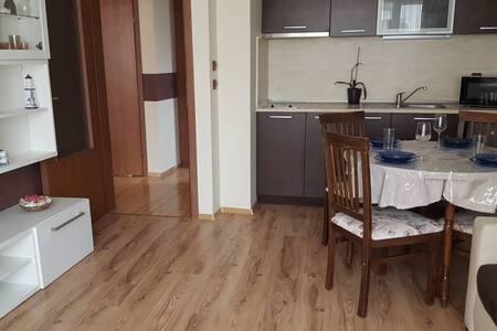 Apartament Kameliya