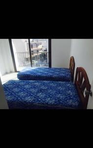 Habitación doble independiente [05] - Sant Antoni de Portmany - Hostel
