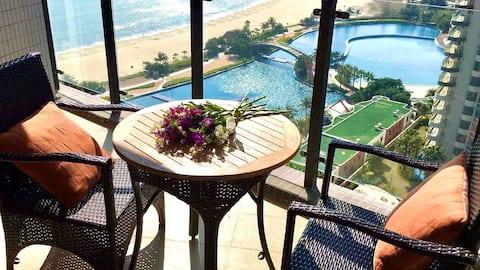 海陵岛敏捷黄金海岸楼王2栋高层一线海景房阳台看日落 楼下泳池 3分钟到海滩水上乐园 同栋有两间海景房