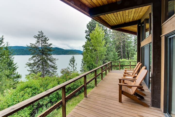 Coeur d'Alene Lake waterfront cabin with private dock and beach!