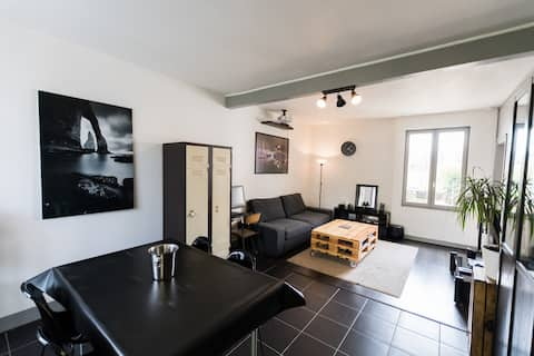 Apartment 50m² with parking (ideal for armada)