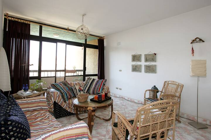 Lovely , clean, friendly and colourful apartment. - Cairo Governorate - Appartement