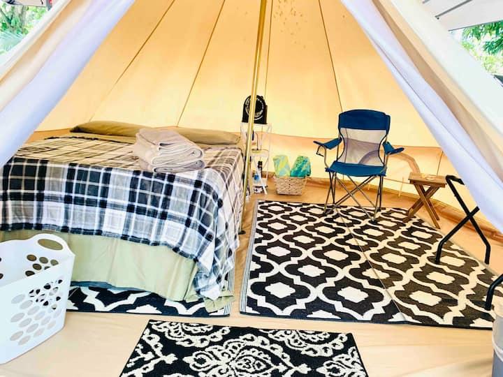 Surf Camp Honu Yurt! Fresh air oasis! 30 day min