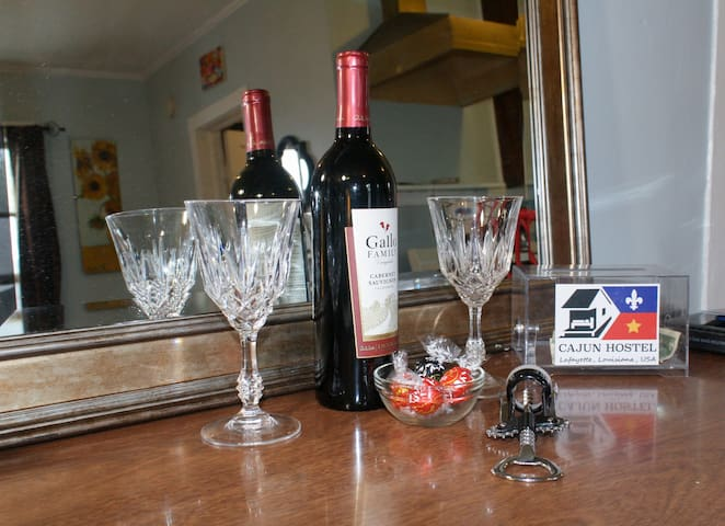 Complimentary wine and chocolate for every guest!