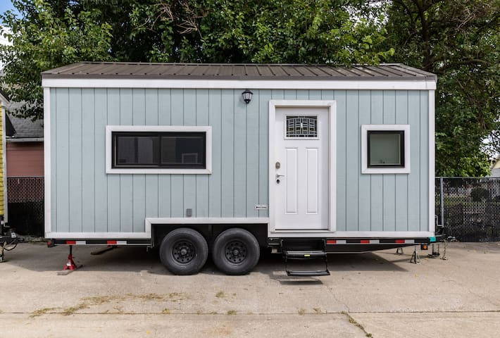 Mint Julep - Tiny Home-Next to Lucas Oil Stadium!!