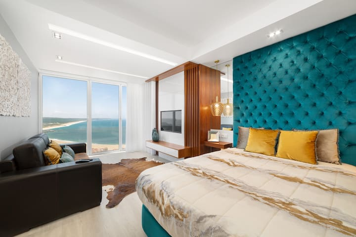 Stunning View Apartment - Adults Only
