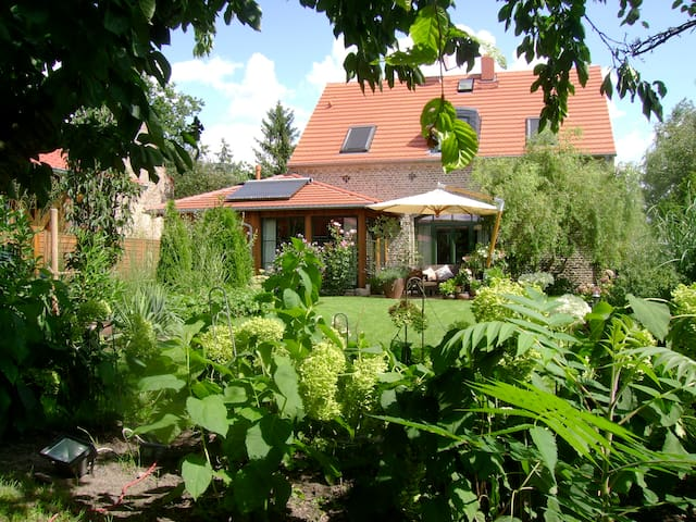 Cosy place, 20min to Berlin ICC/exhibition centre - Nuthetal - Casa