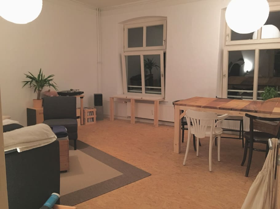 Wohnzimmer (Nacht)
