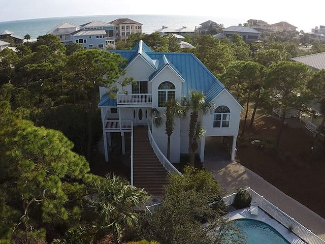 Vitamin Sea! St. George Island Plantation Home!