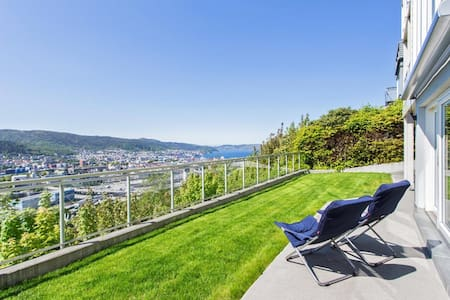 Room in high-end apartment with view of Bergen - Bergen
