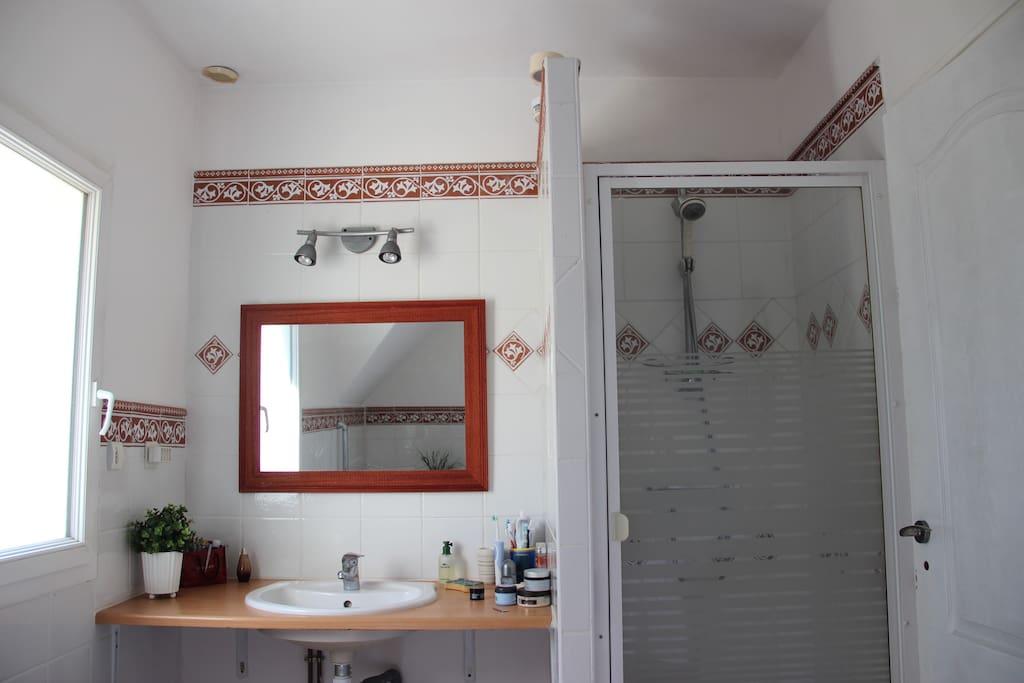 Chambre dans maison loc au mois possible appartements for Chambre au mois paris