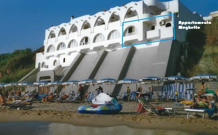 Appartamento Mughetto, fronte mare, terrazzo,