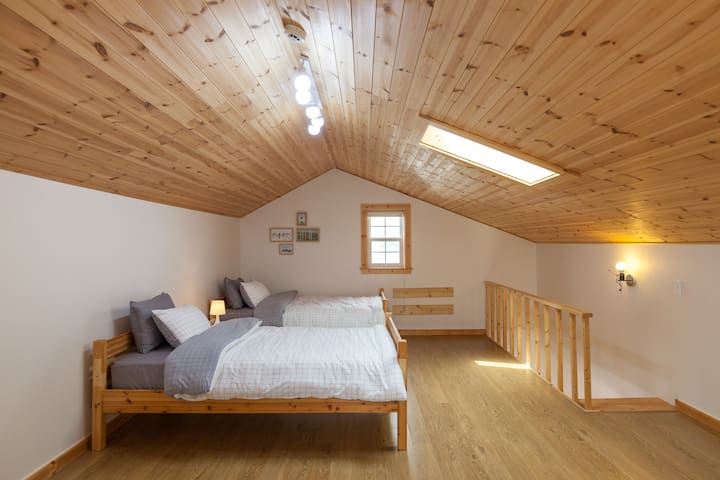 2nd floor : Two bed