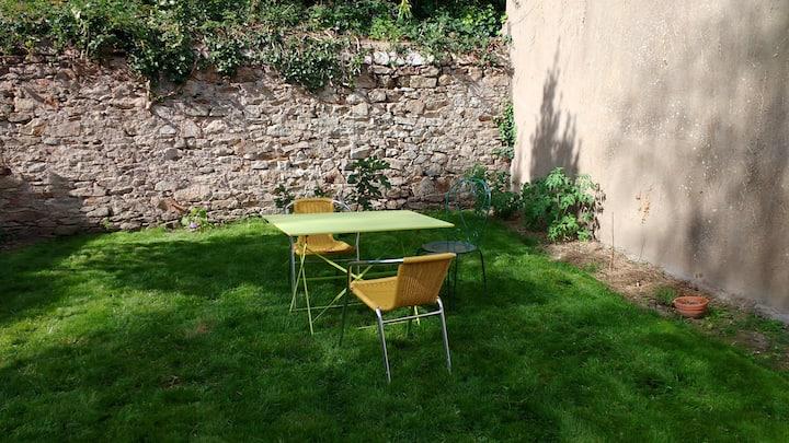 T2 Chantenay avec jardin