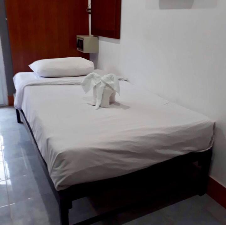 Areeya massage standard single room