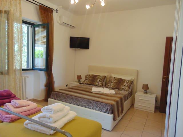 villa in campagna salentina completamente indipend - Giurdignano - Apartament