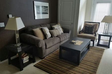 Luxury 2bed/2bath Eden Prairie Unit - Eden Prairie - อพาร์ทเมนท์