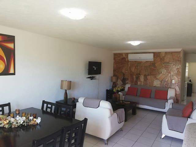 Recamaras, sala y comedor climatizadas