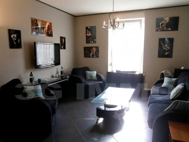 Villa 7 pièces proche Luxembourg