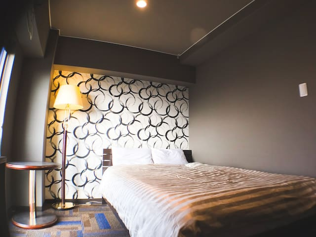 Clean comfy room! Close to JR Stations!! 7-6n