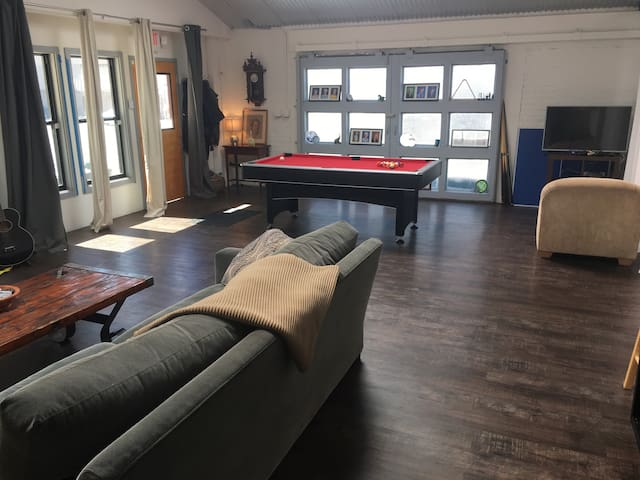 1200 sq.foot loft in Emeryville near Pixar - Emeryville