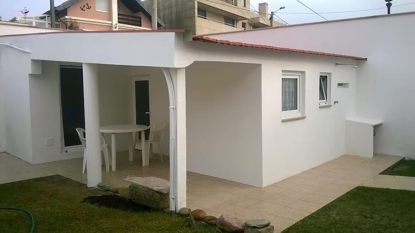 petite maison à Praia da Amorosa - chafé - Ev