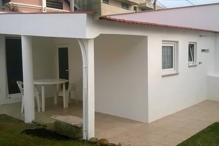 petite maison à Praia da Amorosa - chafé - Dom