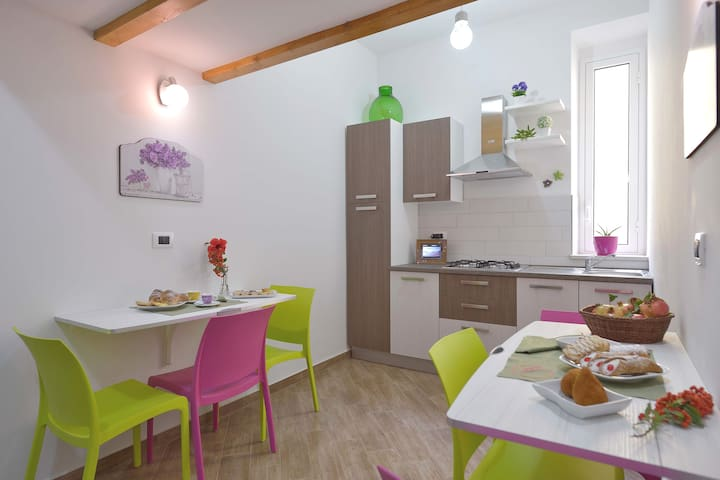Appartamento, Cavaliere Costa