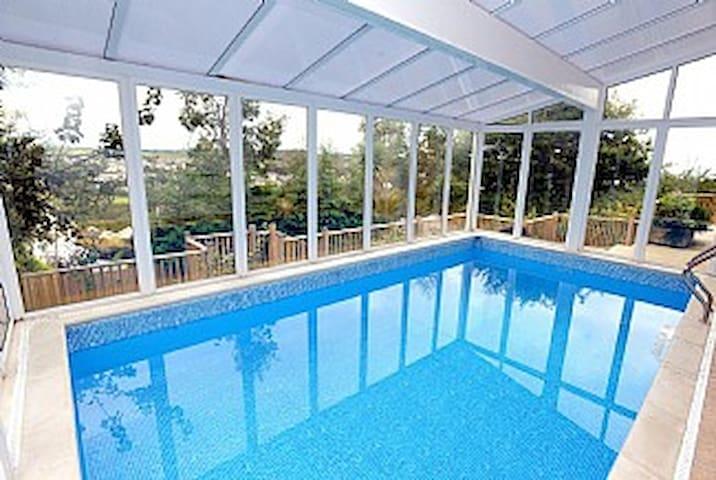 Luxury House, SeaViews, En-Suites & Private Pool