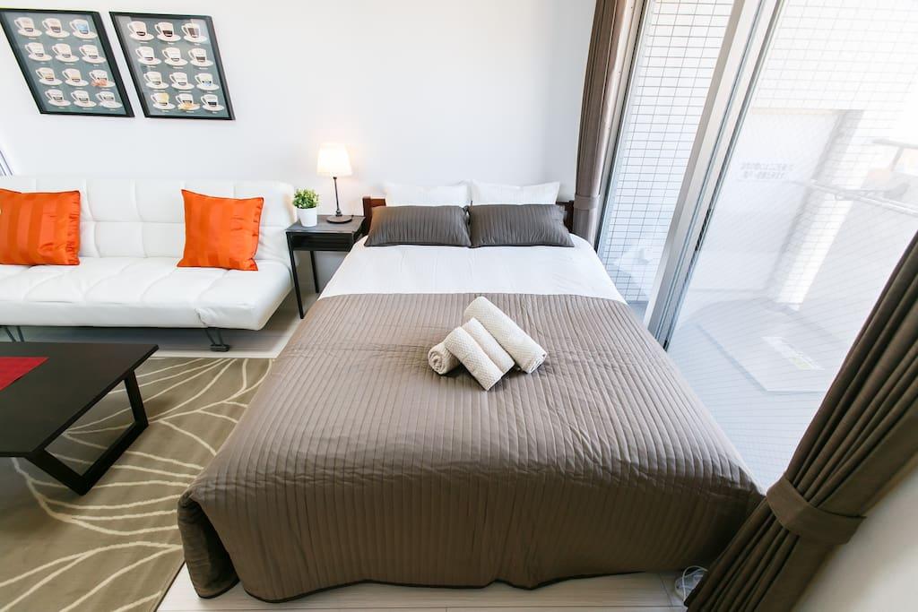 Double Bed 140 cm x 210 cm