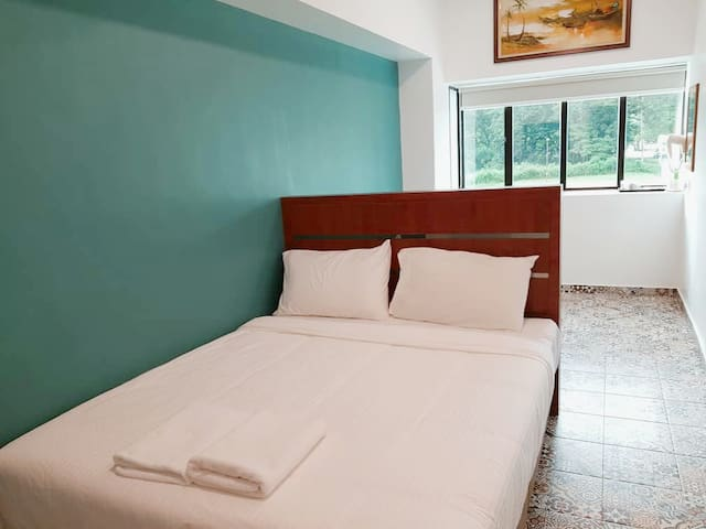 Pearl Inn Taiping Cozy Queen Room with Garden View