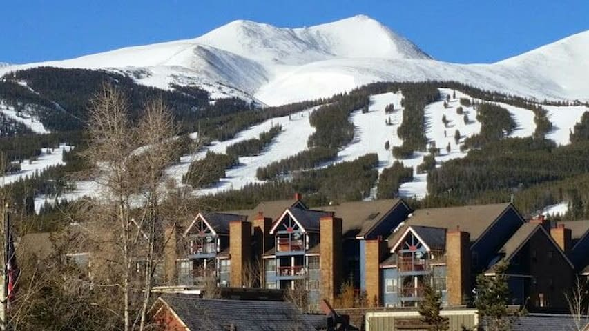 Hiking shopping eating perfect location condomini in for Affitto cabina breckenridge co