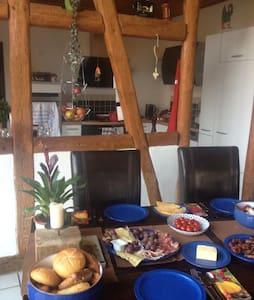 Altes Elb-Bauernhaus - Bleckede - ที่พักพร้อมอาหารเช้า