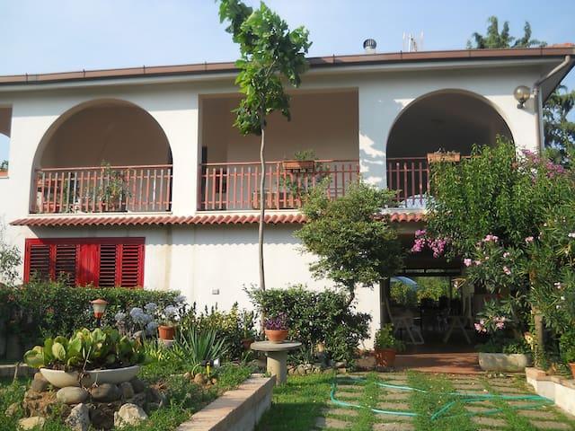 villa sara 1 - Pisticci