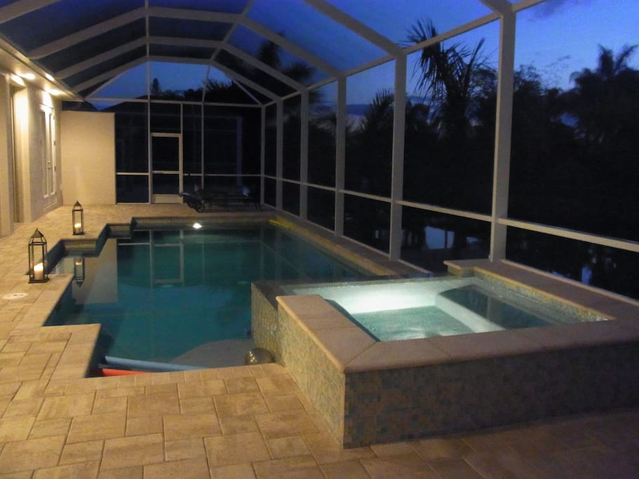 Pool with Jacuzzi by night