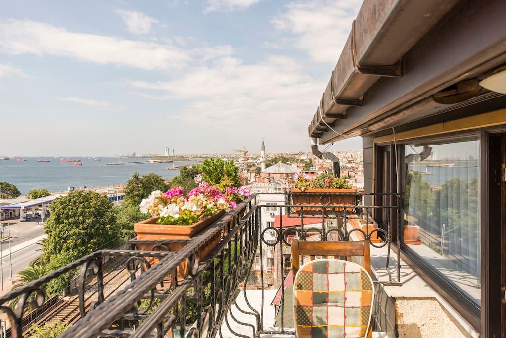 Balcony room with splendid of Marmara Sea...