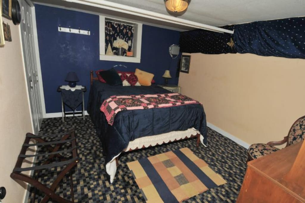 Bedroom with new bed/firm mattress