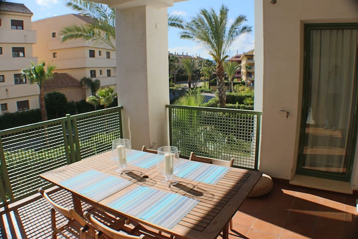 2 bed apartment in Sotogrande Marina