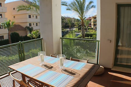 2 bed apartment in Sotogrande Marina - San Roque