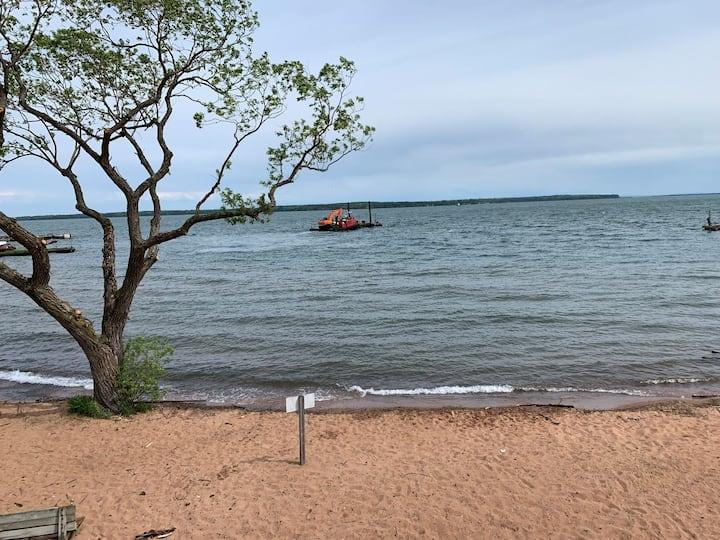 Fabulous Bayfield Lake Shore Condo #108