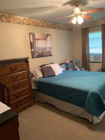 81 Hwy Room B