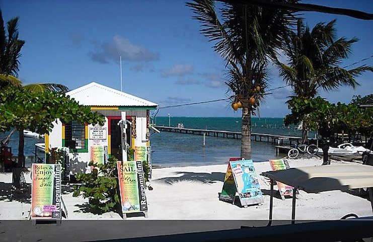 Beach front property- 'Standard room w/ fan'-BW